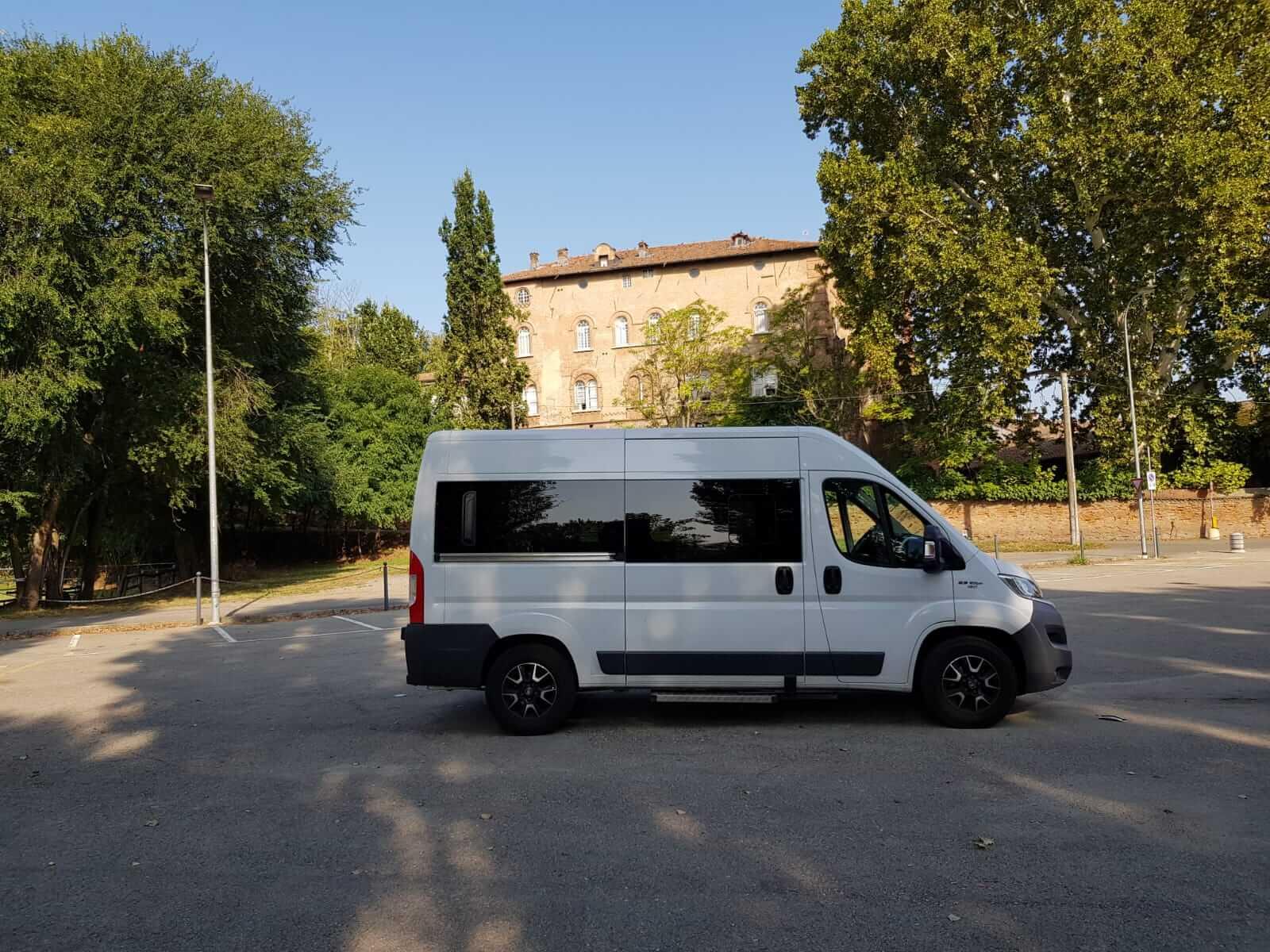 Aviosi Bus - Nolleggio minibus Alessandria - Piemonte